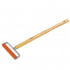 Валик для гипсокартона 150мм игольч.дерев.ручка 500мм/МТХ